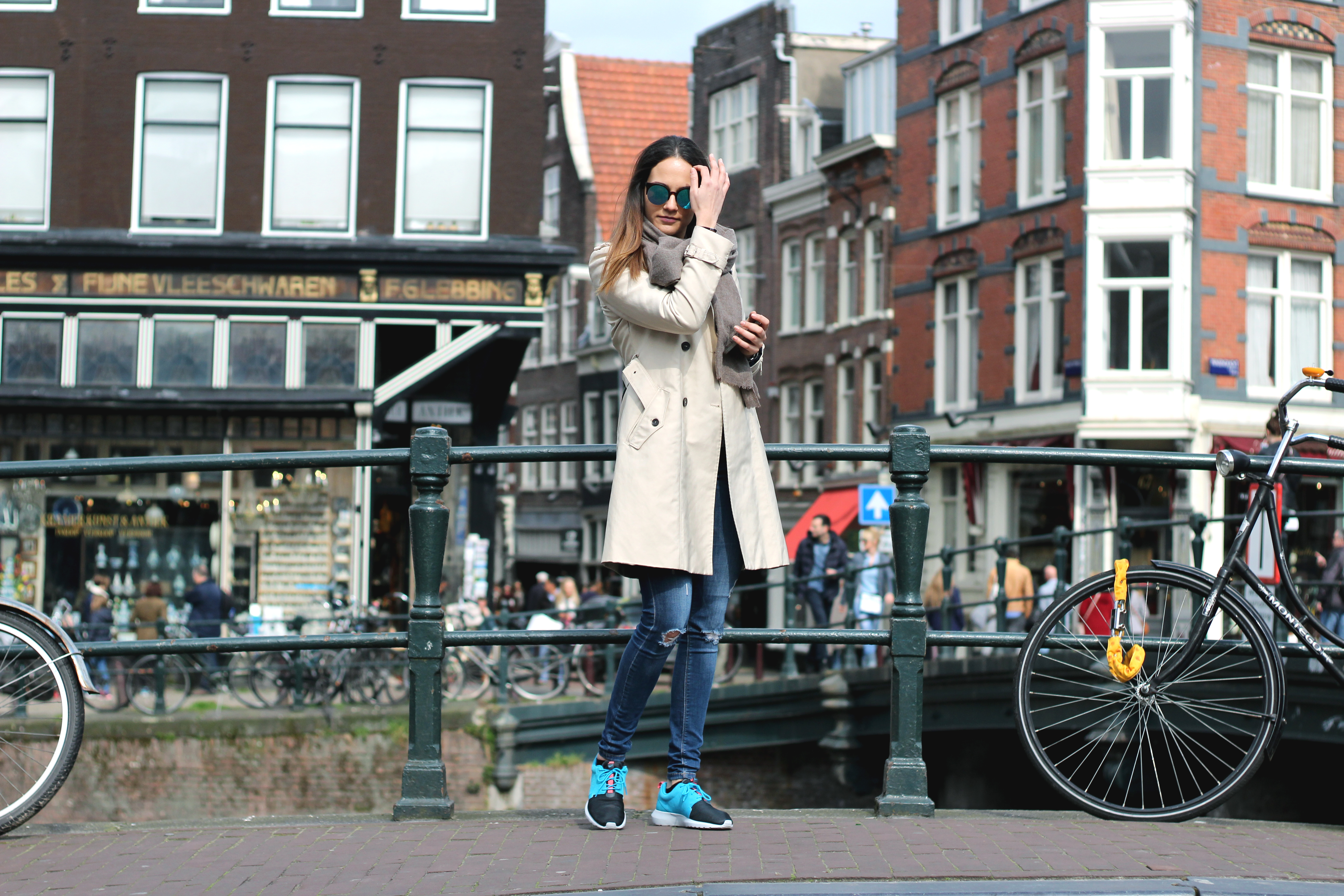 outfit amsterdam zara trench nike roche run bulgarian fashion blog www.quitealooker.com blogger quite a looker