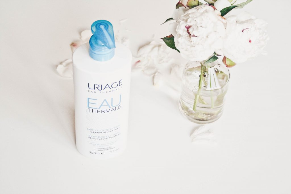 beauty review cosmetics uriage body milk body care aftershower fashion blogger Quite a looker www.quitealooker.com