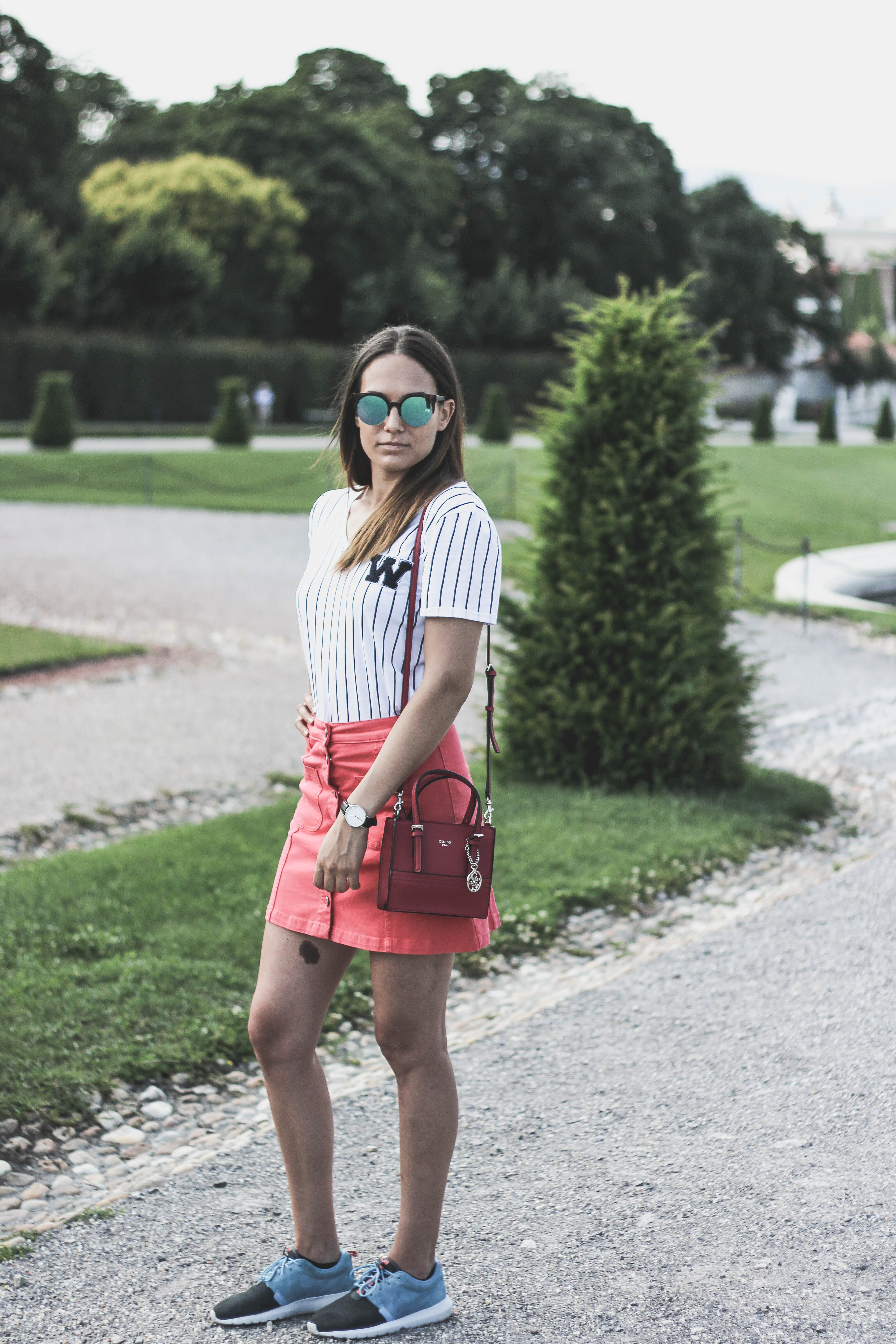 outfit post vienna belvedere pink skirt nike roche run guess mini bag by Bulgarian fashion blogger Quite a looker www.quitealooker.com
