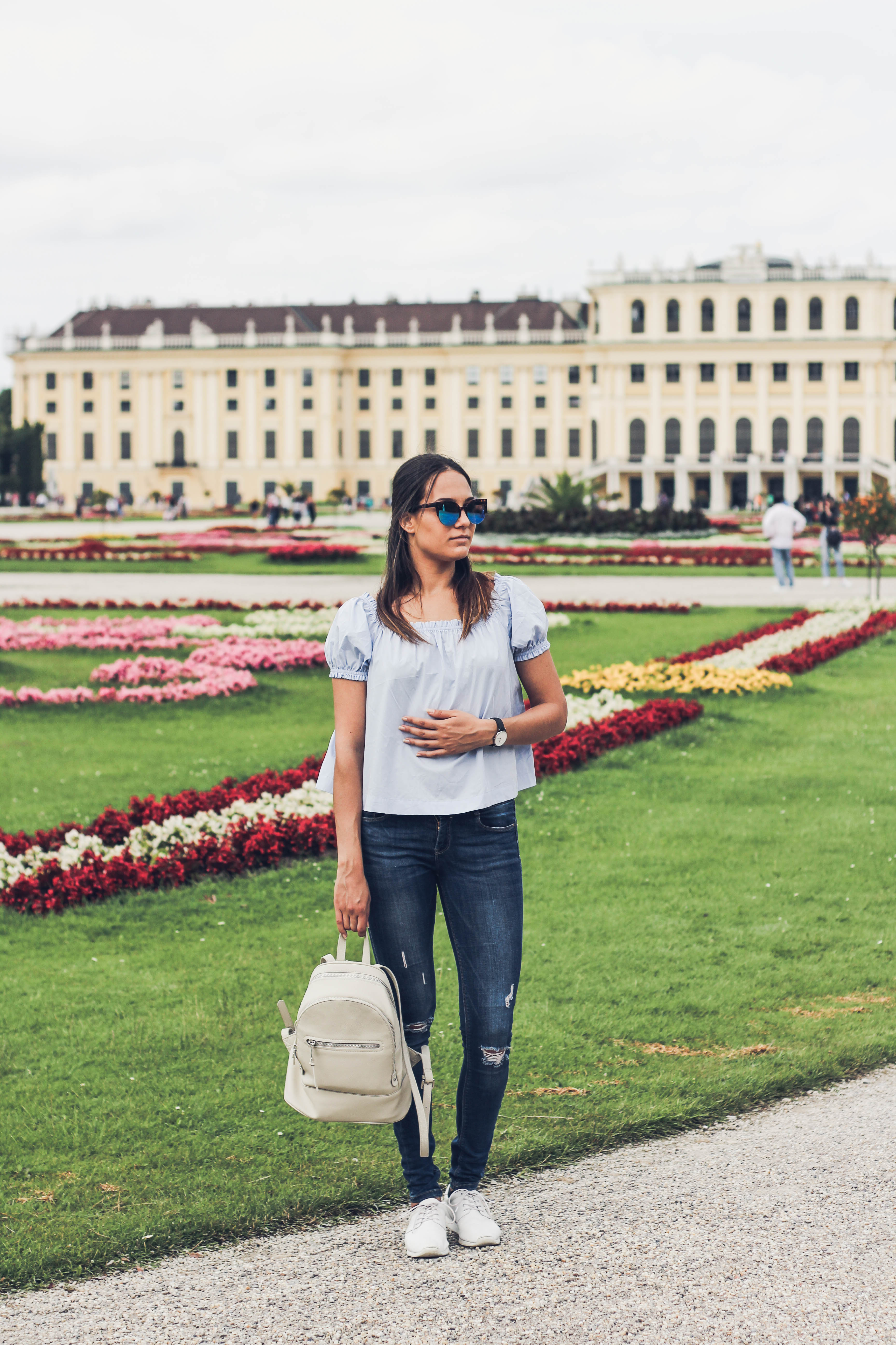 Schoenbrunn Vienna by Bulgarian fashion blogger Quite a Looker www.quitealooker.com H&M Conscious off-the-shoulder top, Zara skinny jeans, Mango backpack