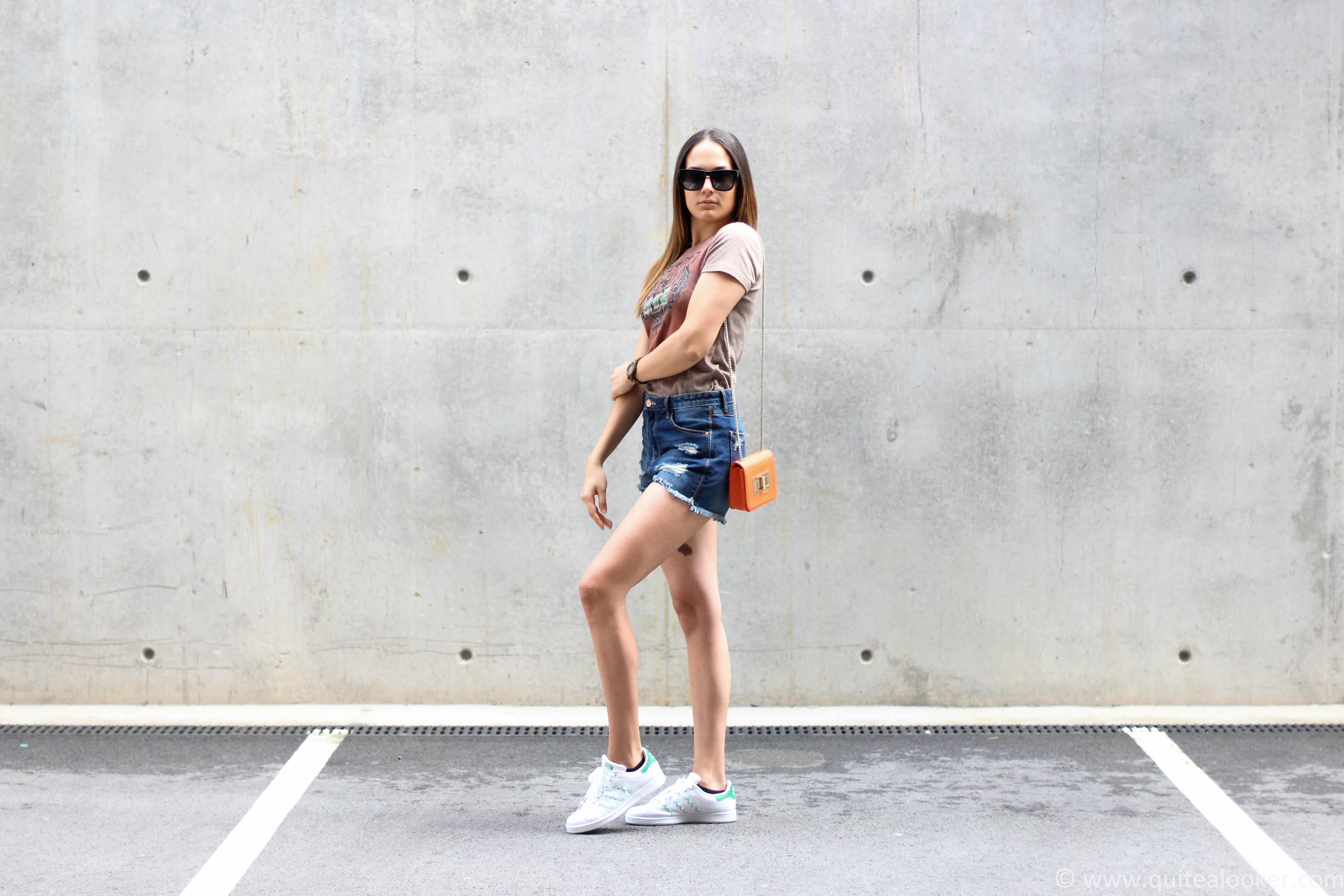 adidas stan smith zig zag sneakers summer outfit denim shorts stradivarius ss16 kenzo tshirt polette sunglasses bulgarian fashion blogger michaella quite a looker www.quitealooker.com