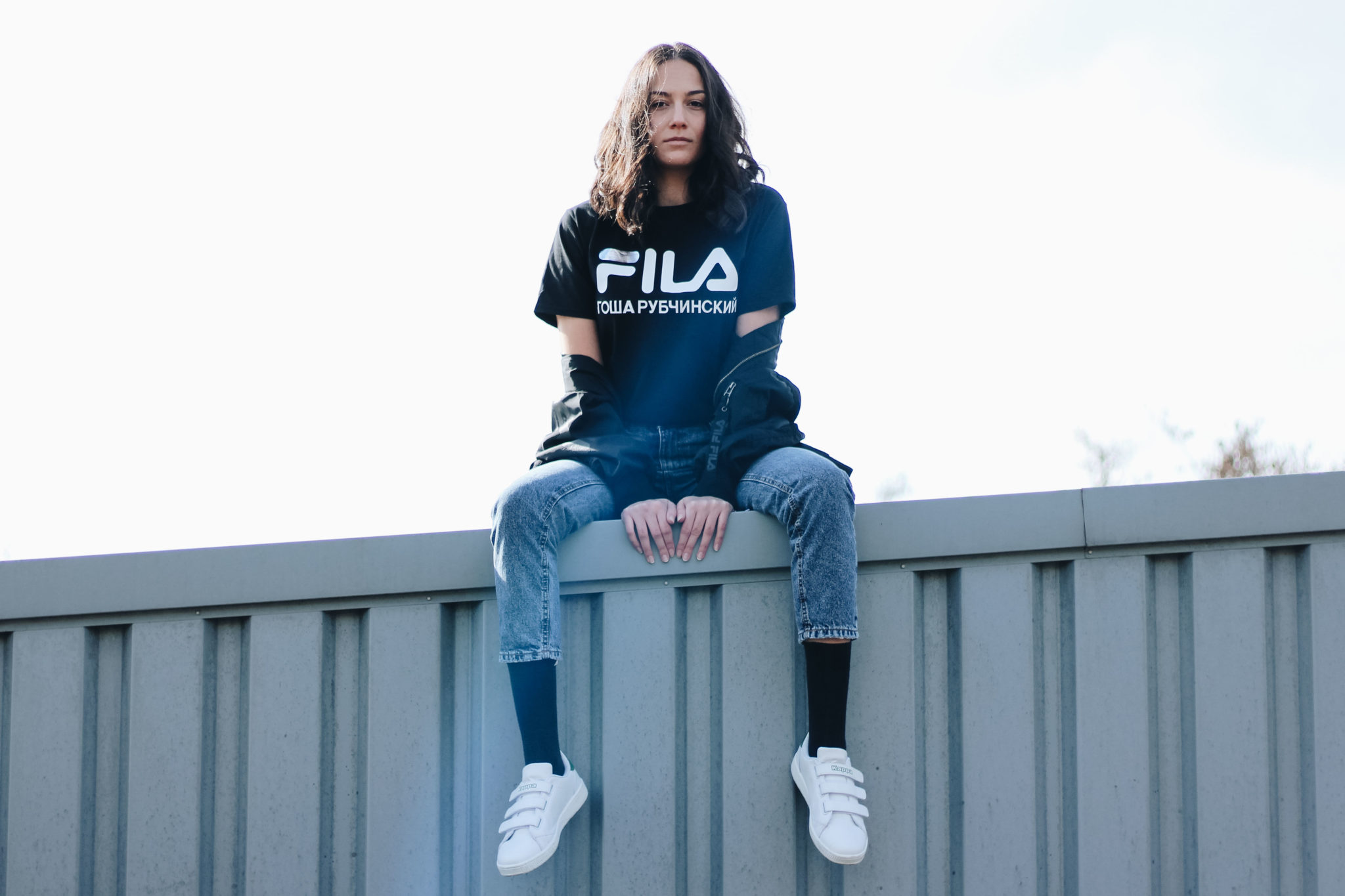 Outfit post by Bulgarian fashion blogger Michaella from Quite a Looker / Gosha Rubchinskiy x FILA t-shirt, Bershka mom jeans, Kappa Sneakers