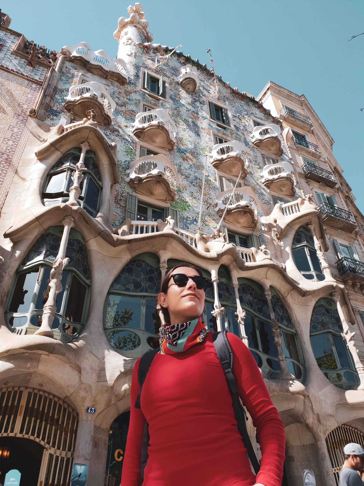 Barcelona travel guide by Michaella and Lina from Bulgarian lifestyle blog Quite a Looker / Casa Batlló by Gaudi